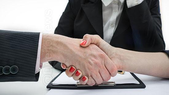 analise artigo lei contratacao advogado sindicato