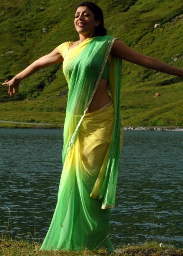 Kajal Agarwal Hot Photos In Thuppaki Movie - Camhotube-3990