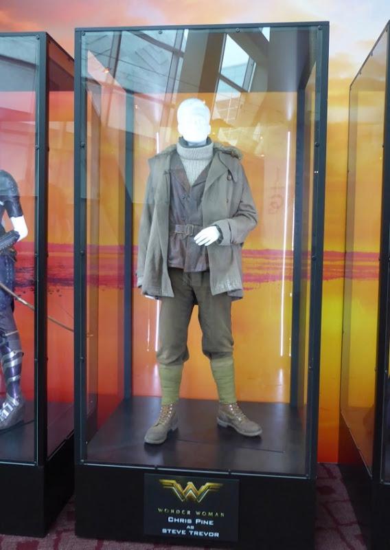Chris Pine Steve Trevor Wonder Woman film costume