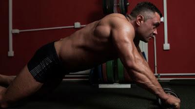 Abdominales y ejercicios básicos - Despliegues con barra