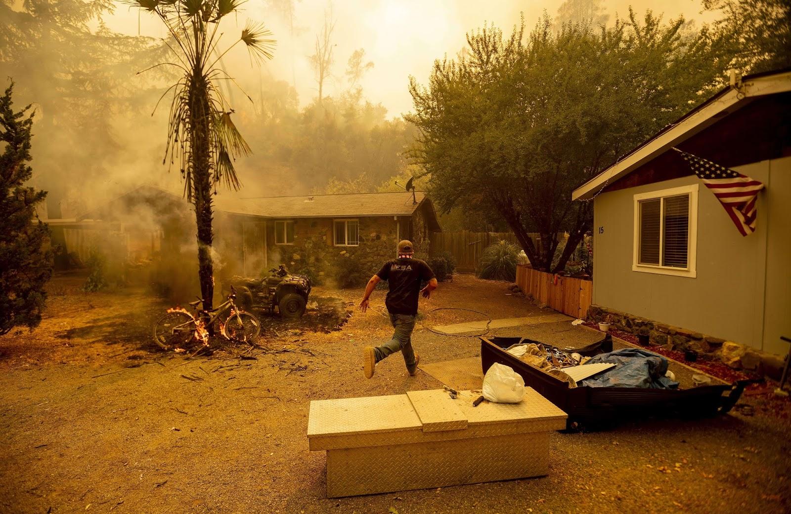 صور للحريق الأكبر في تاريخ كاليفورنيا.. والخطر يهدد السكان