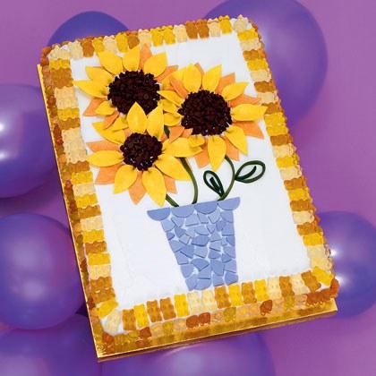 Sun-sational Flower Cake