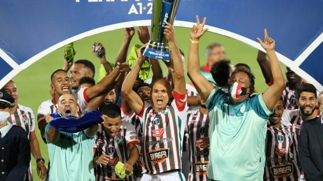 Salgueiro faz história e é o primeiro clube do interior a vencer o campeonato Pernambucano