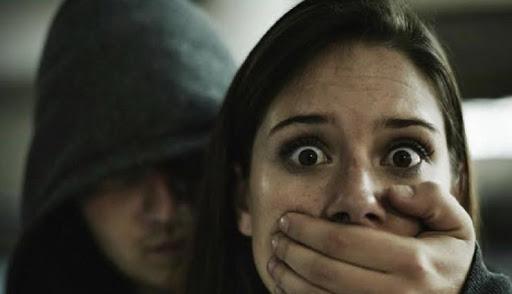 बोलेरो सवार बदमाशों ने दो सगी बहनों को किया अपहरण , छोटी बहन को 100 रुपये देकर बोलेरो से उतार दिया