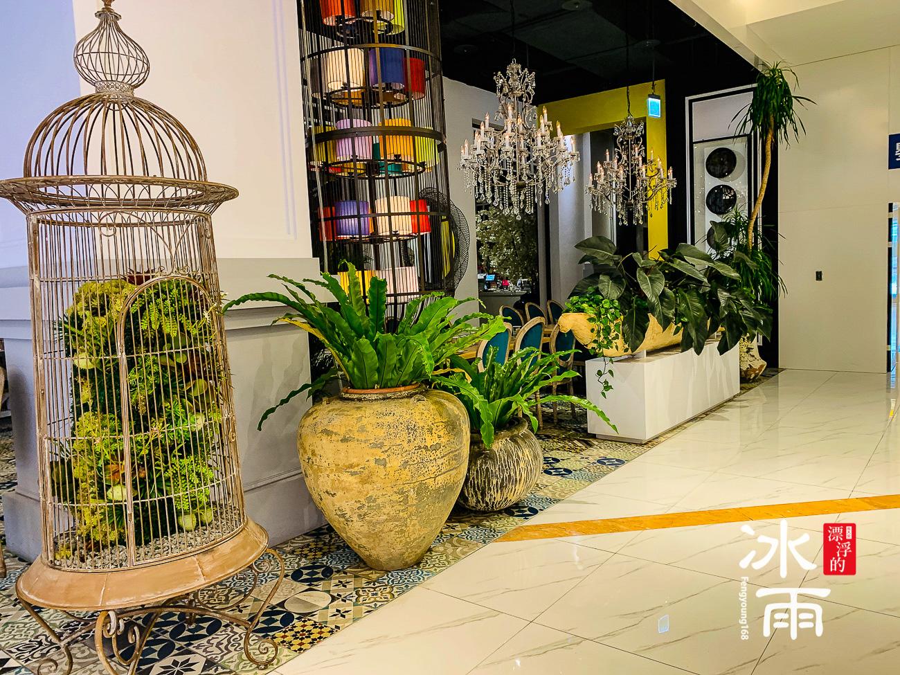 WOOTAIWAN大直ATT店|店內裝飾品