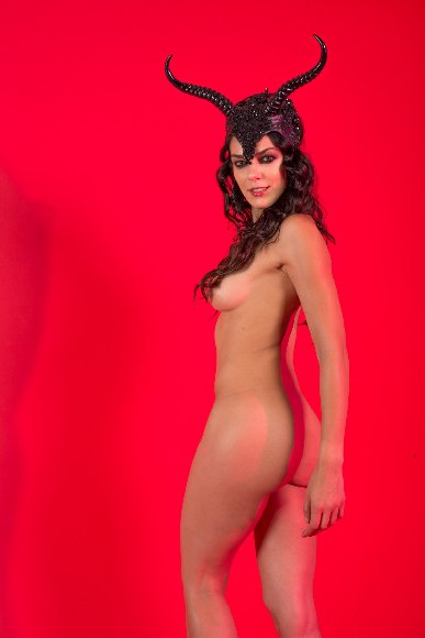 Adrienne Curry Nude Leaked Photoshoot [PART 3]