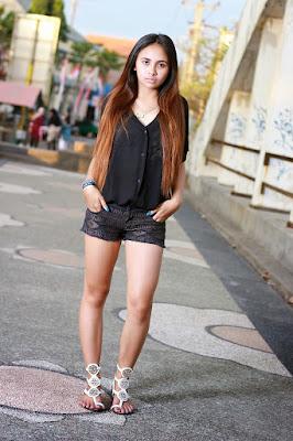 Dorien model cantik tinggi badan kaki jenajng paha mulus
