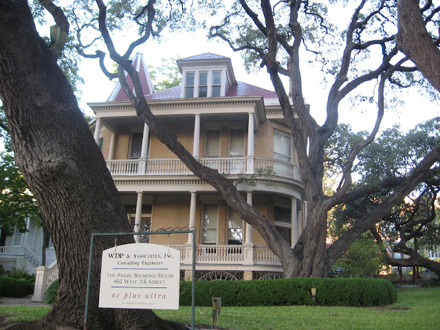 Texas Small Town Adventures Haunted Houses In Austin The