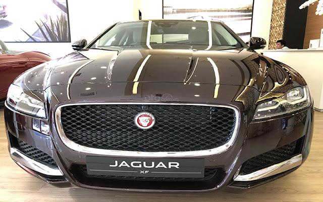 Jaguar XF là mảnh ghép hoàn hảo cho những người yêu thích sự sang trọng hào nhoáng