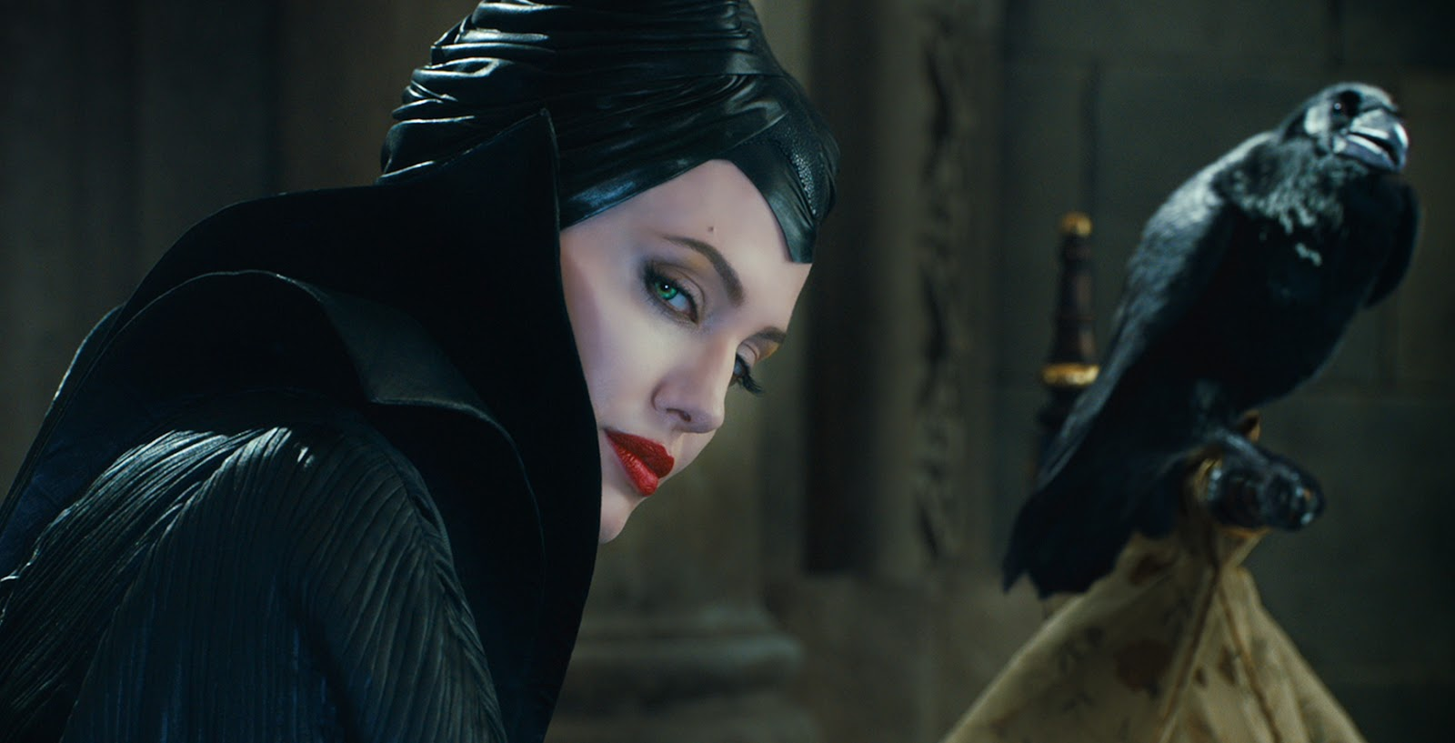 How to Dress Like Maleficent, the Angelina Jolie Version
