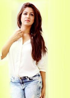 Ishita Dutta In TV Serial Under Life OK Hot Photos