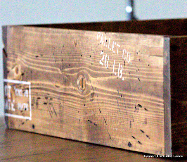 How to Build a Rustic Shipping Crate