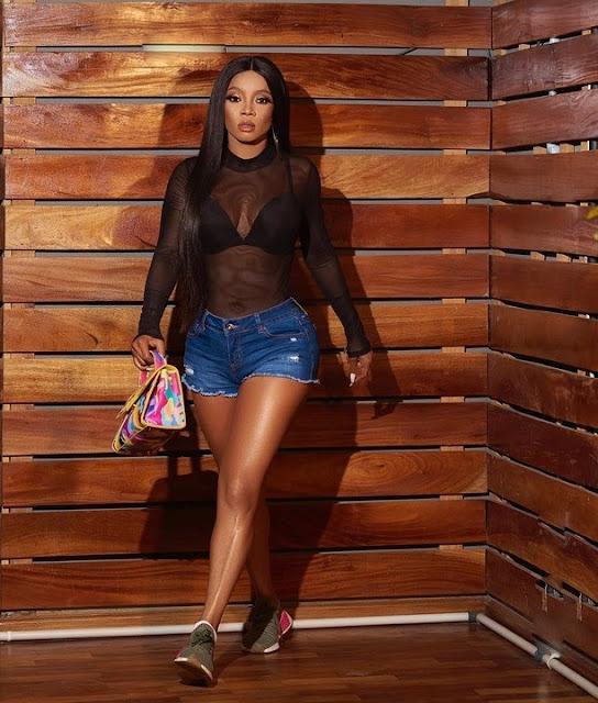 Nigerian Actress Toke Makinwa Slays In Hot Bum Shorts