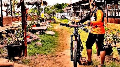 Saung Ikan Bakar Bang Boy 88, Wisata Kuliner di Pantai Bedeng, Sangrila