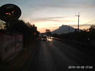 Pesona Kecantikan Gunung Putri Tidur(Sleeping Beauty Mountain) Di Jalur Situbondo-Probolinggo