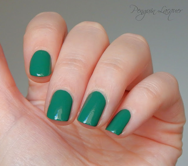 Essence Colour & Go the green and the grunge nah zweites Bild