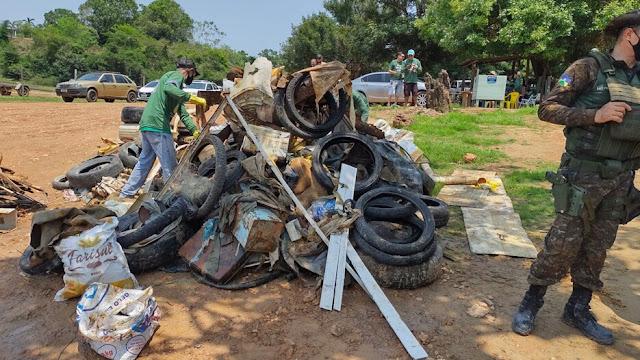 Projeto Rio Limpo retira mais de 5 toneladas de lixo em Candeias