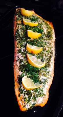 Side of salmon with lemon, dill and thyme