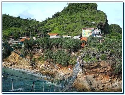Alamat Pantai Nglambor