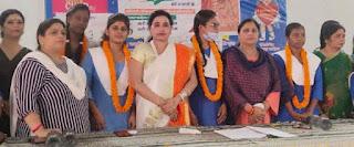 सरकार ने महिलाओं को दी अनेक सुविधाएं:ऊषा मौर्या    #NayaSaberaNetwork