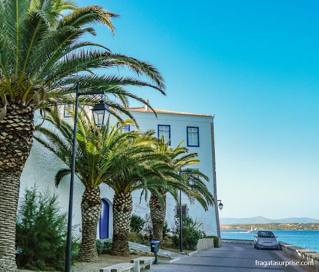 ilha grega de Spétses, no Arquipélago Argo-Sarônico