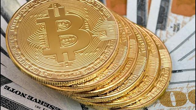 Bitcoin franchit la barre des 30000 $ pour la première fois.