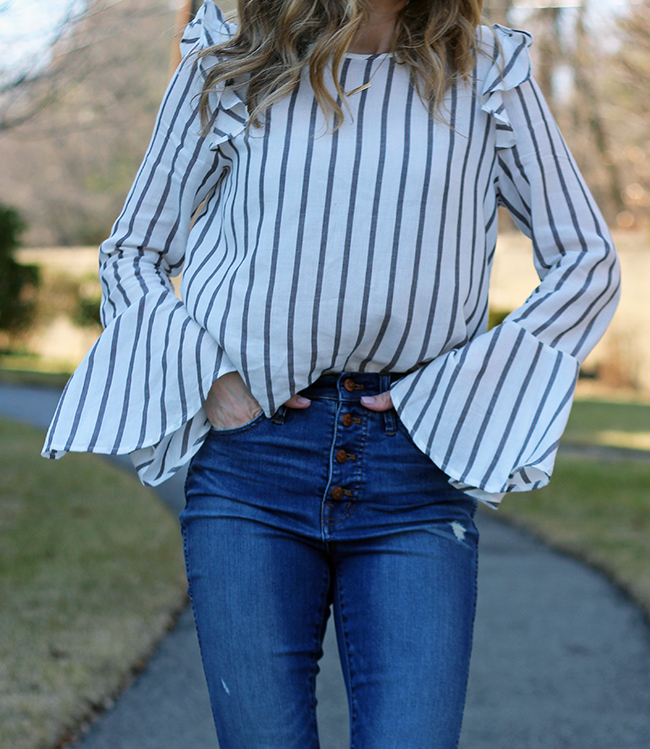 Bell Sleeve Top #belsleeves #stripes #srpingtops