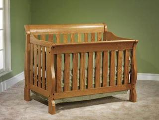 Tempat tidur khusus bayi