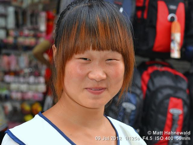 China, Panjiayuan Market, Beijing, people, street portrait, Chinese woman, saleslady