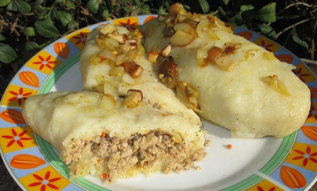 Картофельные цеппелины с мясной начинкой: настоящая вкуснятина без жира и жарки