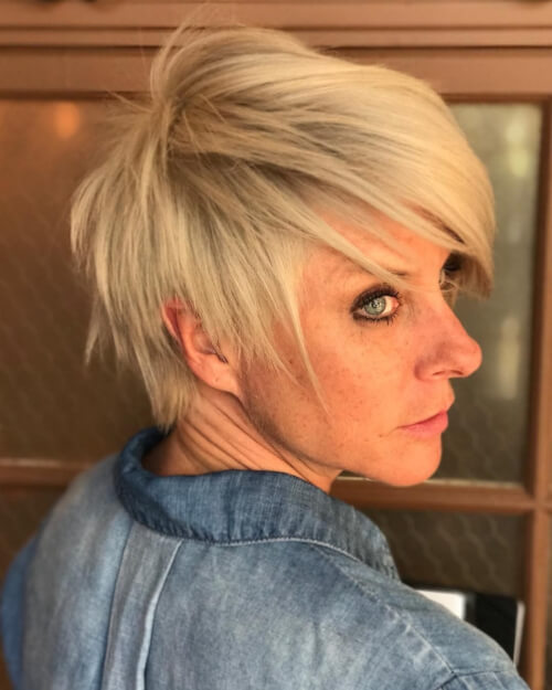 short hairstyles for women over 40 2018