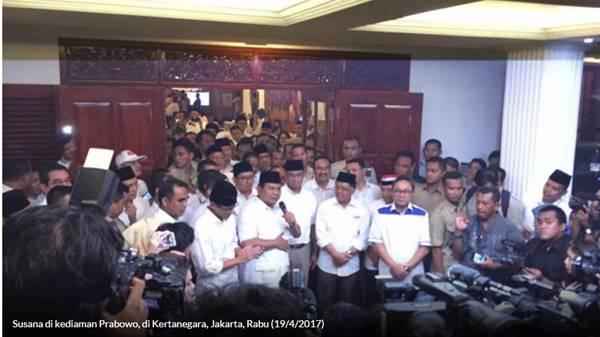 Prabowo: Terima Kasih pada yang Bagi-bagi Sembako, Kalau Bisa Terus Kasih Hahaha