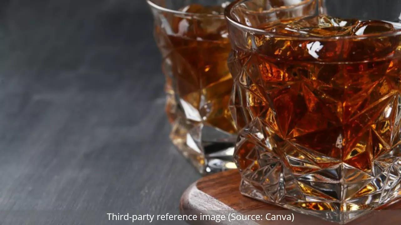 Health Benefits of Rum | HealthInsta