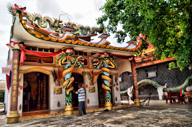 Pagode de Kampong Chamlong, salle de prière d'inspiration chinoise. Photo Christophe Gargiulo