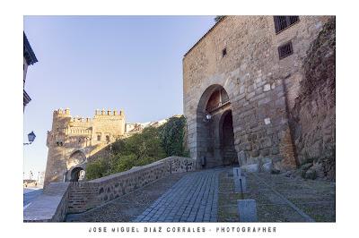 Puerta de Bab-al-mardum en Toledo