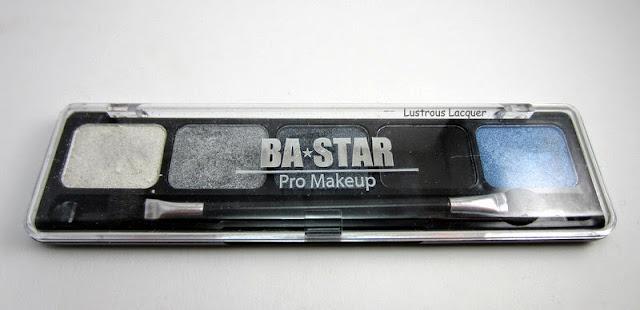 BASTAR-Smokey-Eye-Pallet