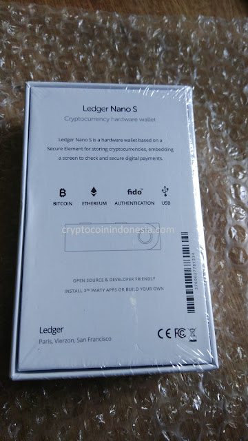 Unboxing Ledger Nano S Original
