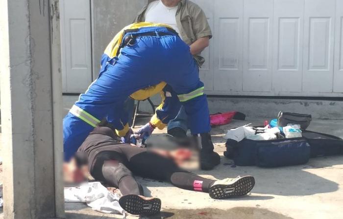 En Ciudad de México, Sicarios ejecutan a dos hombres y lesionan a pareja que pasaba por el lugar