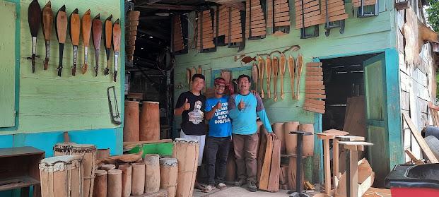Lestarikan Budaya, Martahan Sitohang Bangun Galeri Musik Batak di Samosir