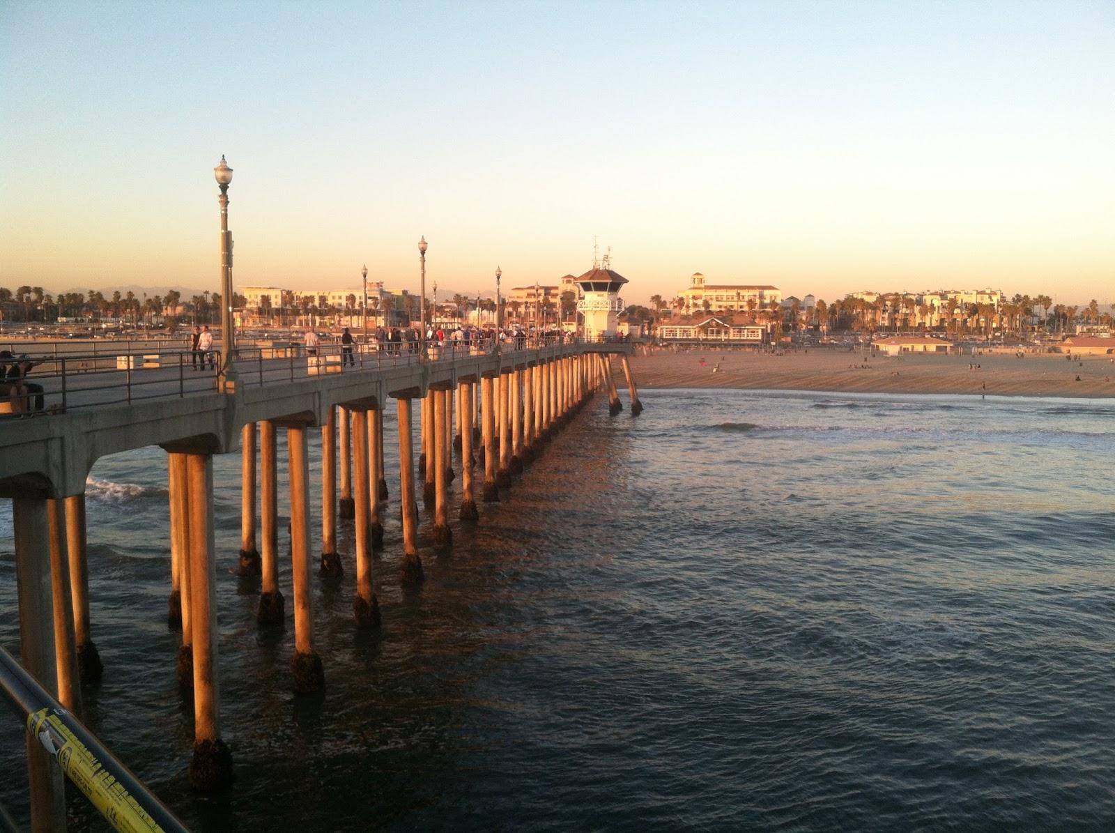 Genea musings on the huntington beach pier post 474 for Huntington beach pier fishing