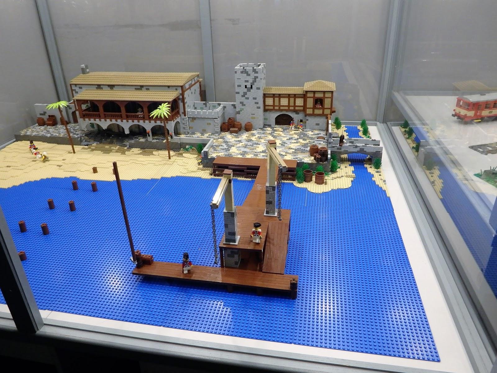 Zatrzymać świat Wystawa Lego Galeria Kazimierz Kraków