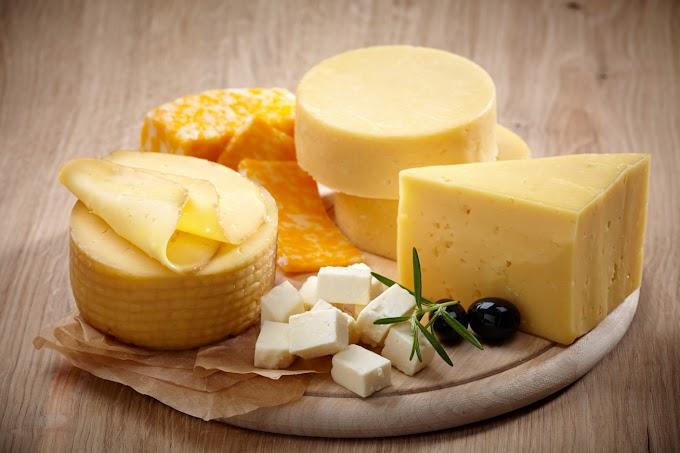 8 isteni sajtféle, amit diéta alatt is nyugodtan ehetsz: sok fehérjét, kevesebb zsírt tartalmaznak
