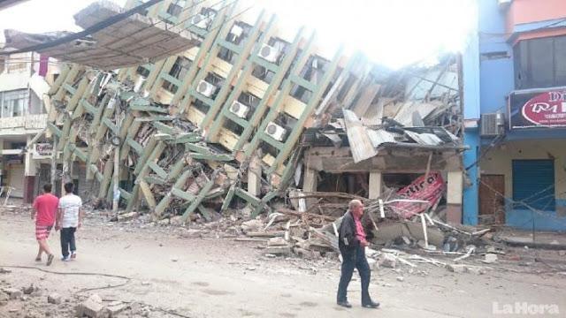 Militares españoles en ayuda de rescate, Ecuador