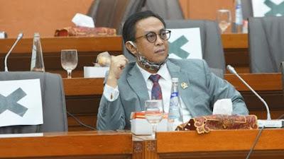 Kakak ipar Wapres berpartisipasi dalam pemilihan organisasi kepemudaan 169 Menantu Ma'ruf hadapi Jokowi di tengah masalah reshuffle, tentang investasi