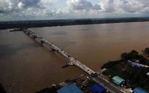 Gambar Jambatan Batang Sadong