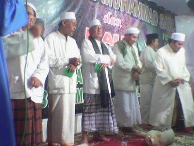 4 Adab Salafush Sholih dan Tatakrama Menghadiri Maulid Nabi Muhammad SAW