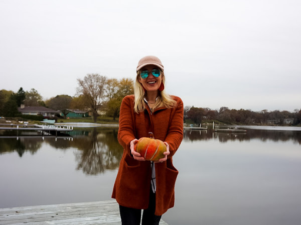 A Simple & Stylish Outfit to Wear on Thanksgiving + TFF Linkup!