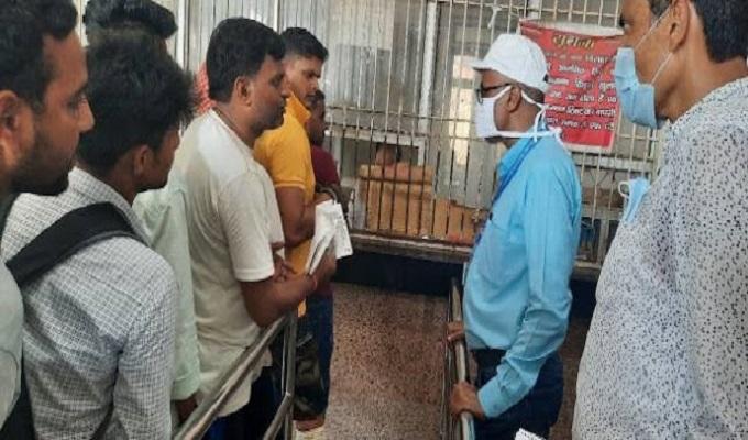 डीआरएम प्रभात कुमार ने दिलदारनगर रेलवे स्टेशन पर 110 मीटर प्लेटफार्म बढ़ाने का दिया निर्देश