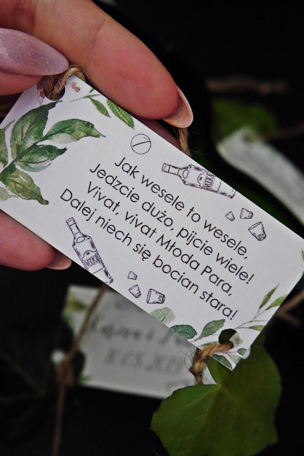 Zawieszki na butelki rustykalne liść boho wierszyki diy blog ślub karyn blog modowy blogerka ślubna modowa