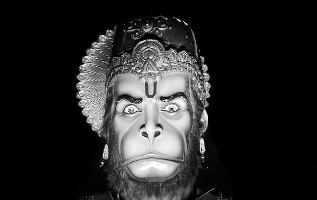 Hanuman ji Ki Aarti in Hindi, हनुमानजी की आरती हिंदी में, Hanuman Aarti